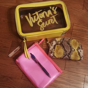 PINK Victoria's Secret Makeup - VICTORIA'S SECRET 3 PCS.  make-up case